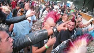 getlinkyoutube.com-Punk vs Emo