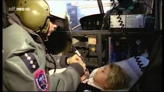 getlinkyoutube.com-Die Rettungsflieger S01E01 - Vier Freunde im Einsatz (1) HD - Teil 1