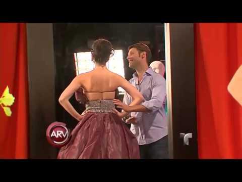 Actriz Venezolana Wanda D'Isidoro elige un vestido para Premios Billboard