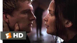 getlinkyoutube.com-The Hunger Games: Mockingjay - Part 2 (5/10) Movie CLIP - Stay With Me (2015) HD