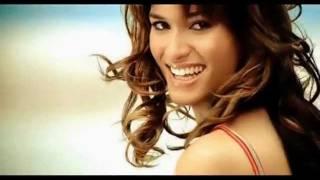 getlinkyoutube.com-Amr Diab - Allah Ala Hobak - Lip Sync Video
