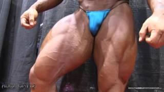 getlinkyoutube.com-ALEX ORTIZ IFBB PRO Spray-tanning session
