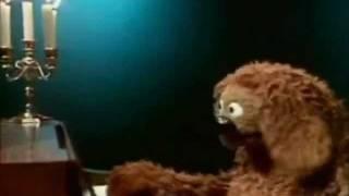 "getlinkyoutube.com-Muppet Rowlf the Dog ""Happy Birthday to You"""