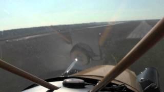 getlinkyoutube.com-Wheel landings in a Legend Cub