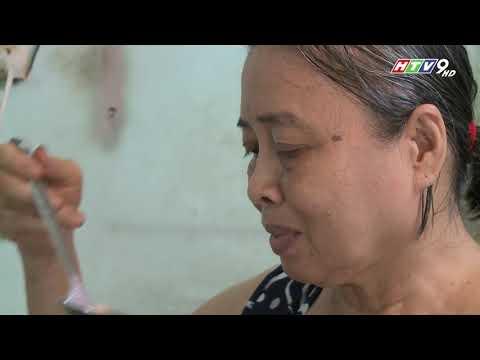 Xe hủ tiếu nhỏ gồng gánh cả gia đình của chú Phạm Văn Khương