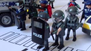 getlinkyoutube.com-Playmobil-intervention police