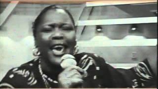 Sam Mbende Feat. Alexia - Claudia