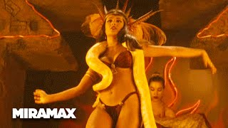 getlinkyoutube.com-From Dusk Till Dawn | 'The Art of Seduction' (HD) - George Clooney, Quentin Tarantino | MIRAMAX