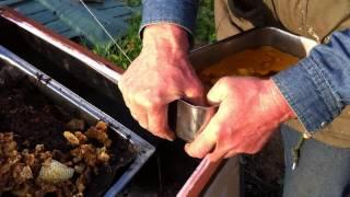 getlinkyoutube.com-Mein Bienen - wachs - schmelzer, unsere kleine Imkerei