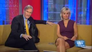 getlinkyoutube.com-Gretchen Carlson hot legs cross - Fox & Friends - 01/23/12
