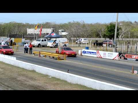 Honda Civic Turbo vs Chevrolet Swift   Copa Carnaval 2012