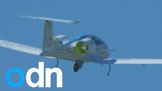 getlinkyoutube.com-Electric plane flight over English Channel mired in controversy