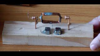 getlinkyoutube.com-Motor eléctrico simple de corriente continua. Construcción y Explicación Teórica con Modelación