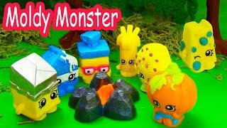 getlinkyoutube.com-Shopkins Halloween Campfire Story Moldy Monster Small Mart Limited Edition Camping