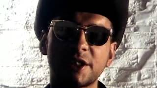 getlinkyoutube.com-Depeche Mode - Personal Jesus (Remastered Video)