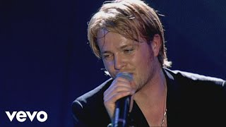 getlinkyoutube.com-Westlife - World of Our Own (Live From M.E.N. Arena)