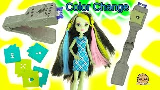 getlinkyoutube.com-Voltageous Hair Color Change with Light Up Flat Iron On Monster High Frankie Stein Doll