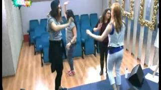 getlinkyoutube.com-طلبة ستار اكاديمي 10 يرقصون على أغنية سطايفي يوم 24 أكتوبر