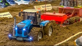 getlinkyoutube.com-RC tractor and truck pulling! John Deere, Case, Claas & Co in  ACTION!