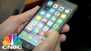 Meerkat vs. Periscope: Live-Streaming Apps   Tech Bet   CNBC