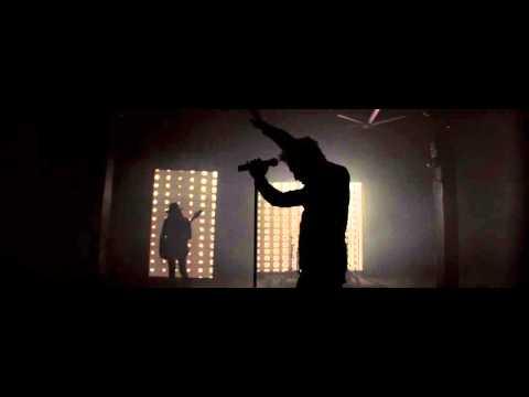 Trapped En Español de The Word Alive Letra y Video
