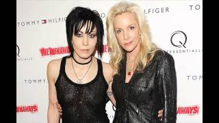 getlinkyoutube.com-Cherie Currie Issues Statement Following Kim Fowley Rape Allegations  'I Have Been Accused of a Crim