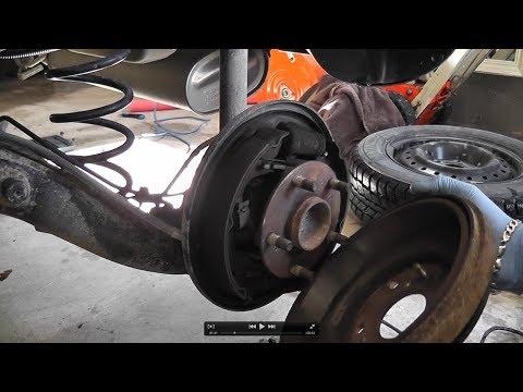 Suzuki SX4 Rear Brake Drum Shoes Replacement