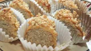 getlinkyoutube.com-Recette de M'hanncha-Mhancha aux amandes/Moroccan Almond Pastryمحنشة باللوز-Sousoukitchen