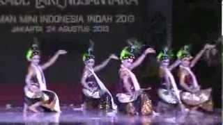 getlinkyoutube.com-Tari Rongtek - Parade Tari Nusantara 2013