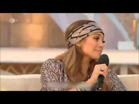 Jennifer Lopez Canlı Yayında Utandıran Frikik