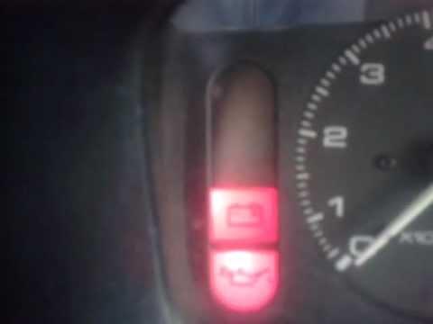 Индикатор на приборной панели Mazda Demio