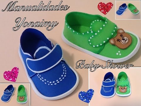 ZAPATITOS DE NIÑO EN FOAMY O GOMA EVA PARA BABY SHOWER .
