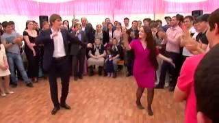 getlinkyoutube.com-Chechen dance رقص في حفل زواج شيشاني.mp4