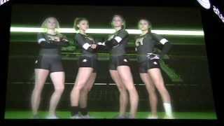 getlinkyoutube.com-Oregon Ducks Acrobatics and Tumbling intro 2013