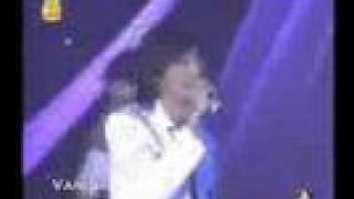 getlinkyoutube.com-JayJar Show: 7 สี concert พลิกดินสู่ดาว ขวัญ by JayJ & TuEy