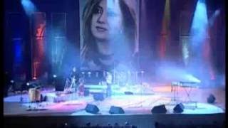 getlinkyoutube.com-Farsi Tajik shabnam در کنسرت لیلا فروهر در دوشنبه - ثریا
