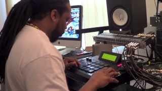 getlinkyoutube.com-DJ Rock Nice Making A Soulful Deep House Beat