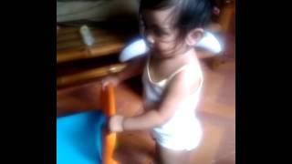 getlinkyoutube.com-Dancing Dionne with chair