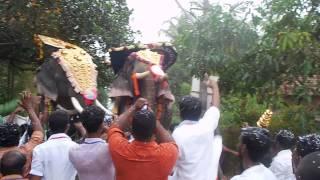 getlinkyoutube.com-CHULLIPARAMBIL VISHNUSHANKAR VS PARTHAN