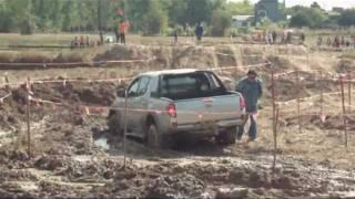 getlinkyoutube.com-Mitsubishi Triton 4WD