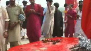 getlinkyoutube.com-Part 7 Of 17 Lal Shahbaz Qalandar Ki Dargah Ka Hajj