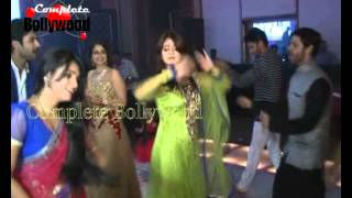 getlinkyoutube.com-Actors of 'Sasural Simar Ka' Celebrate 1000 Episodes with Dance Party