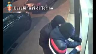 getlinkyoutube.com-Gang of Robbers Blow Up ATM!