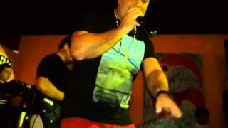 getlinkyoutube.com-Gerardo y los chaques en las palmeras