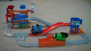 getlinkyoutube.com-Tomy Post Office Thomas The Train Big Loader Set Percy & Harold Kids Toy Train Set Thomas The Tank