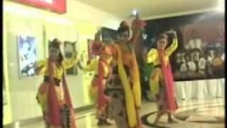 getlinkyoutube.com-Musik Etnik Mella' Ate` Tari Olle Ollang madura