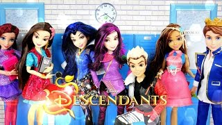 getlinkyoutube.com-Doll Review: Disney Descendants Dolls