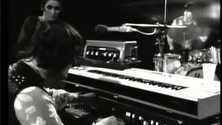 getlinkyoutube.com-Julie Driscoll Brian Auger & Trinity: Season of the Witch- Live