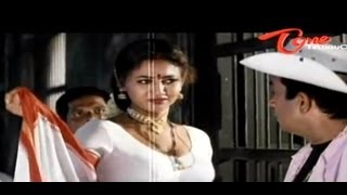 Raksha Hot Cleavage Show To Brahmanandam