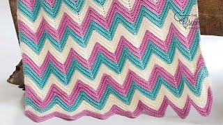 getlinkyoutube.com-How To Crochet A Baby Blanket: Zig Zag / Wave Blanket